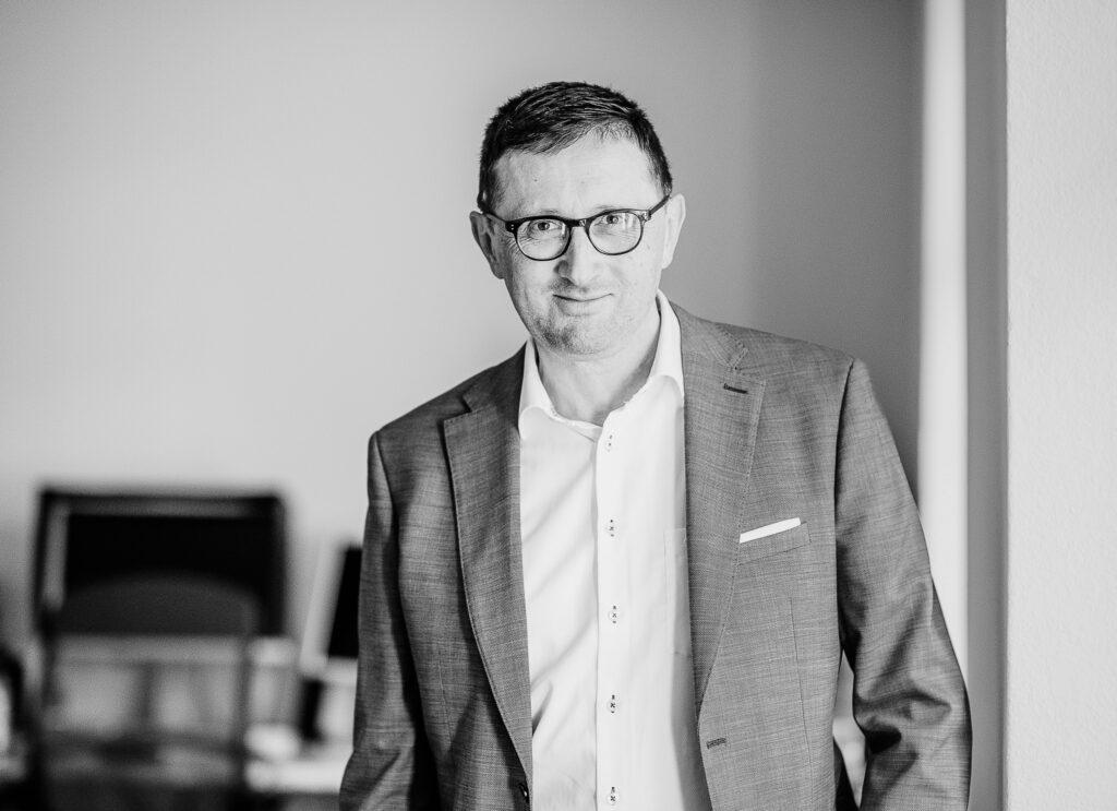 Guido Baumgartner, textkurve. Erfahrene Projektleitung für Ihr Buchprojekt.